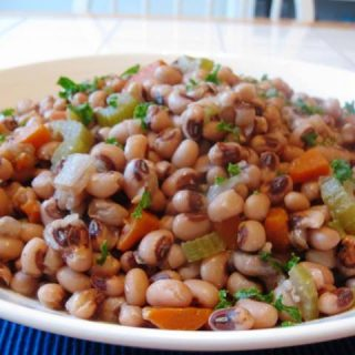 Slow Cooker Black Eyed Peas with Ham