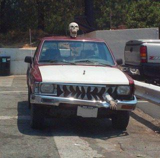 "Wordless Wednesday: The ""Happy Halloween"" Car"