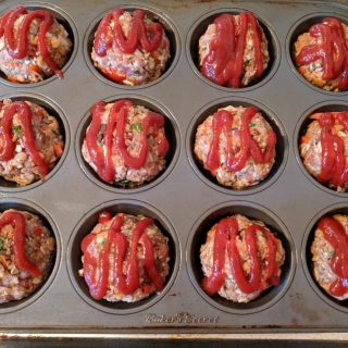Turkey Stuffing Meatloaf Muffins