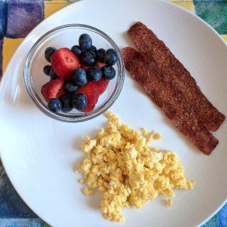 Bacon & Cheesy Eggs